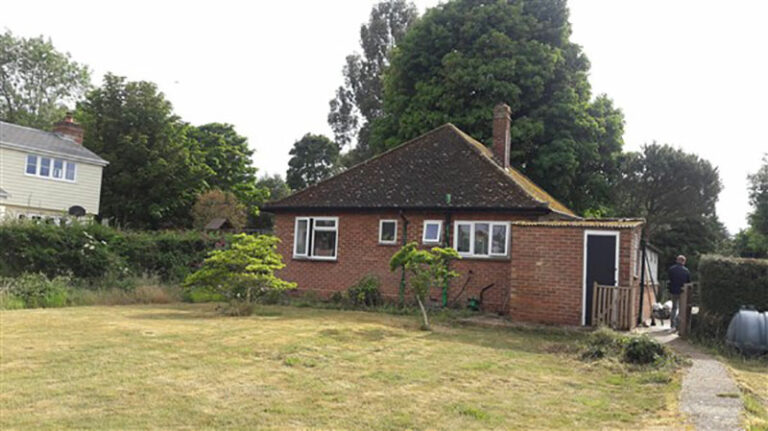 4-erection-of-ground-floor-side-and-rear-extension-and-associated-demolitions-and-works-hertfordshire-council